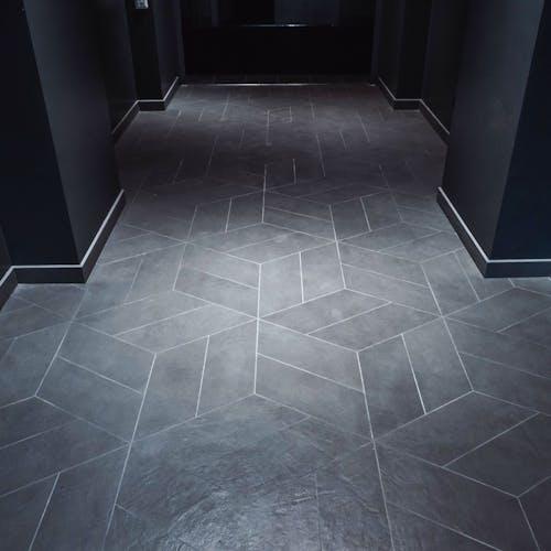 Büroohoone põrand (Riia 24a, Tartu)